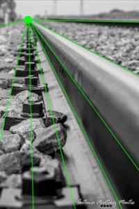 Las lineas dirigen la mirada hacia el punto de fuga