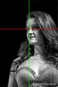 Aire en la dirección de la mirada, ojos en los tercios y ojo destacado al centro